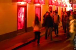 Амстердам. Квартал красных фонарей, 2011 год.