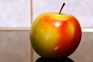 Яблоко обыкновенное