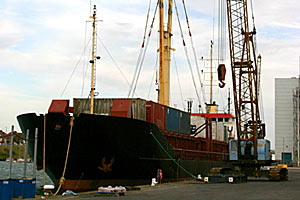 Газпром и Роснефть будут заказывать 300 морских судов.