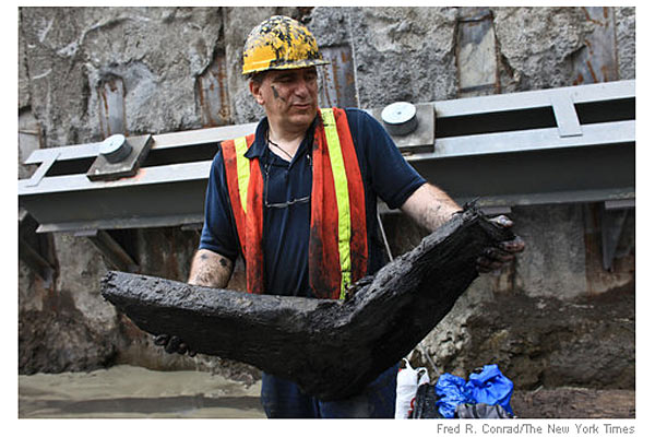 На Манхэттене обнаружили останки корабля