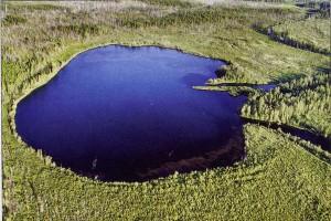 Некоторые исследователи считают, что озеро Чеко на реке Кимчу может быть кратером взрыва