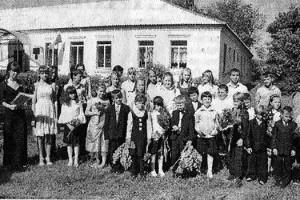 Последний звонок в Платоновской основной школе.