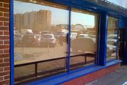 Остекление витрины магазина на Химкинском бульваре в Москве.