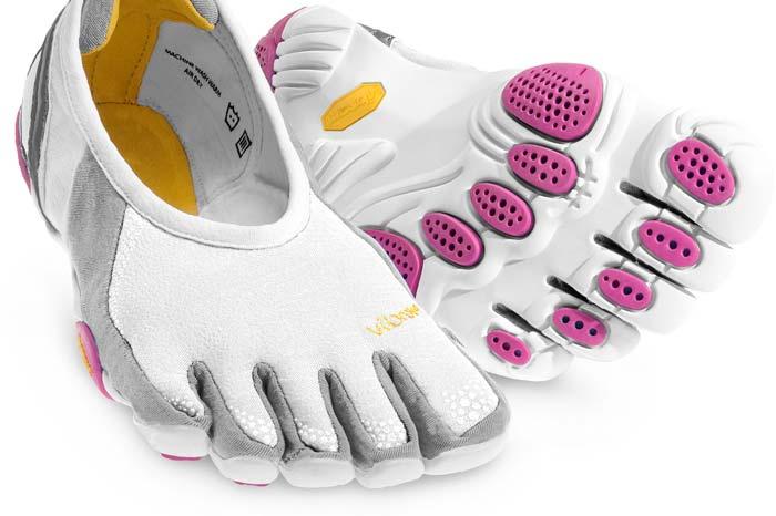Мокасины-перчатки Vibram Fivefingers.