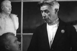 """Кадр из фильма """"Партийный билет"""", 1936 год."""