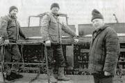 На снимке (слева направо): В. В. Сапрыкин, А. И. Сапрыкин и фермер В. В. Сысоев.