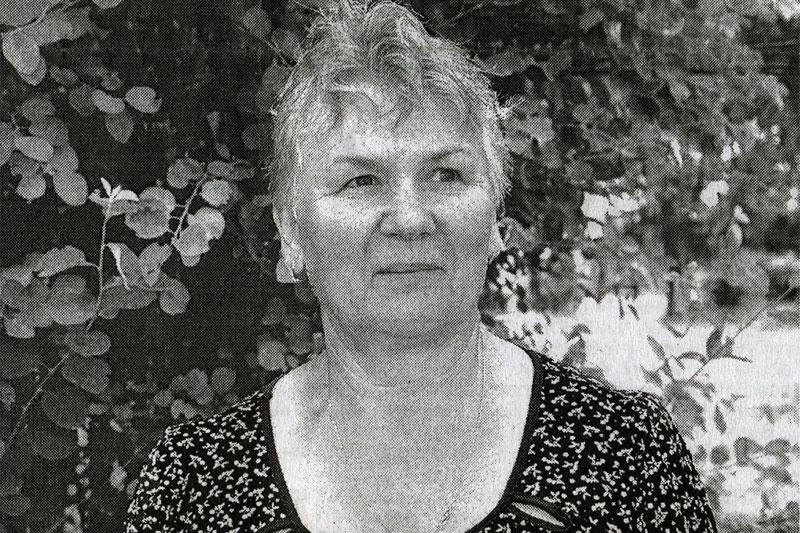 Сестра хирургического отделения центральной районной больницы п. Залегощь Надежда Михайловна Вишнякова.