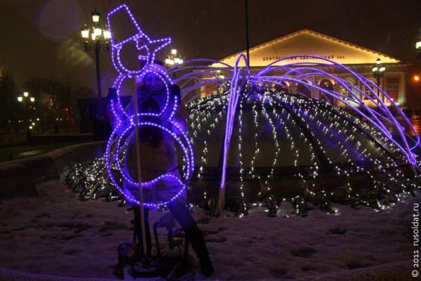 Новогодняя ночь на Манежной площади. 1 января 2012 года.