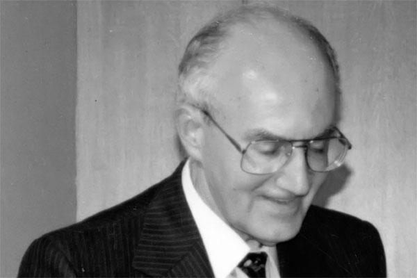 Президент греческого Фонда культуры острова Хиос, известный греческий деятель культуры Яннис Каралис.
