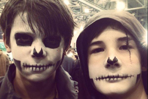 Грим для Хэллоуина.